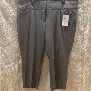 Plus sz dress capri pants. Size 20 NWT